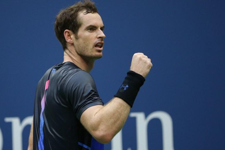Powrót Murraya, Tsitsipas w ćwierćfinale