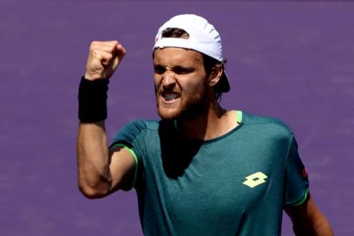 Australian Open. Zakażony Joao Sousa walczy o możliwość wyjazdu do Australii