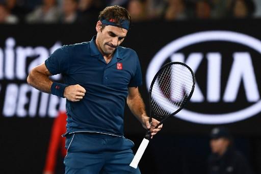 Dubaj. Zwycięski powrót Federera, Raonic za burtą