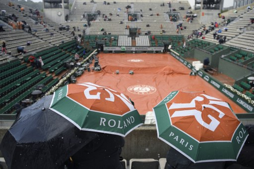 Roland Garros. Mniej kibiców na trybunach