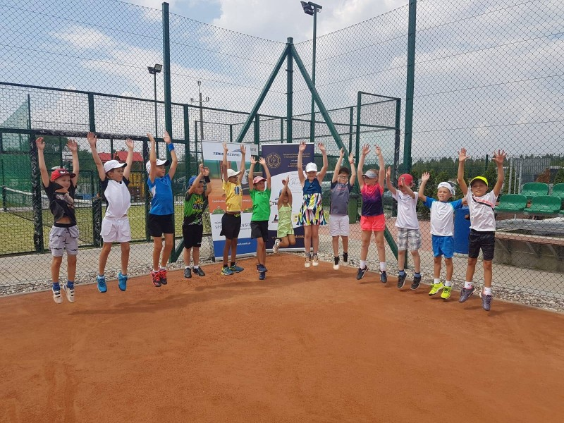 Wakacje z Akademią Tenisową Tenis Kozerki – zarówno dla amatorów (ATP i WTA) jak i dla wyczynowców (Camp PRO i obozy kondycyjne)