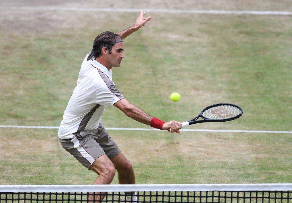 Berrettini zatrzymany, Federer o krok od dziesiątego triumfu