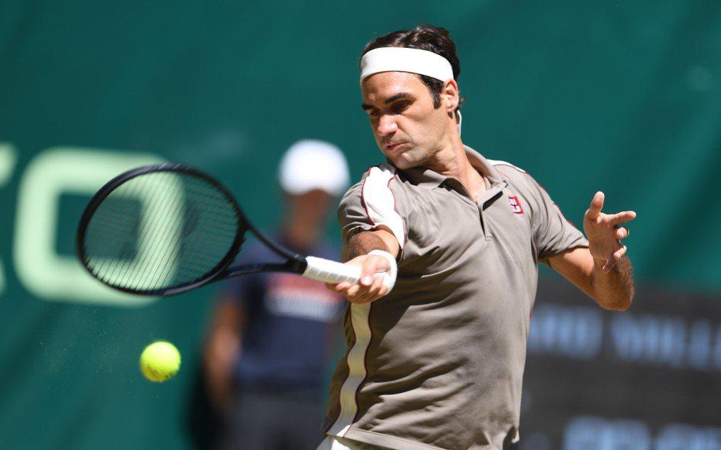 Federer z dziesiątym tytułem
