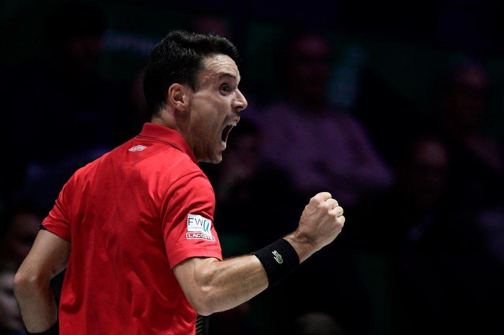 Puchar Davisa. Wielki powrót Bautisty Aguta. Hiszpania prowadzi w finale
