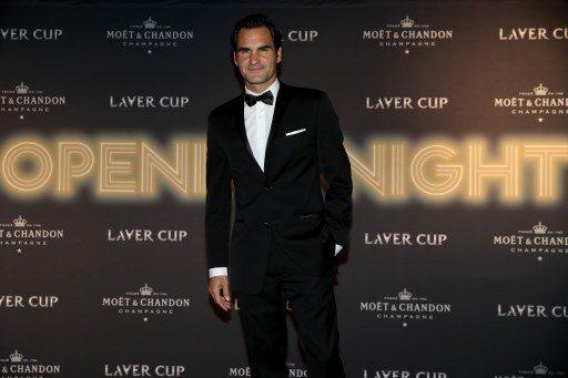 Roger Federer jak James Bond
