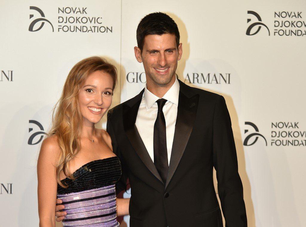 Novak Dżoković z żoną włączają się do walki z koronawirusem