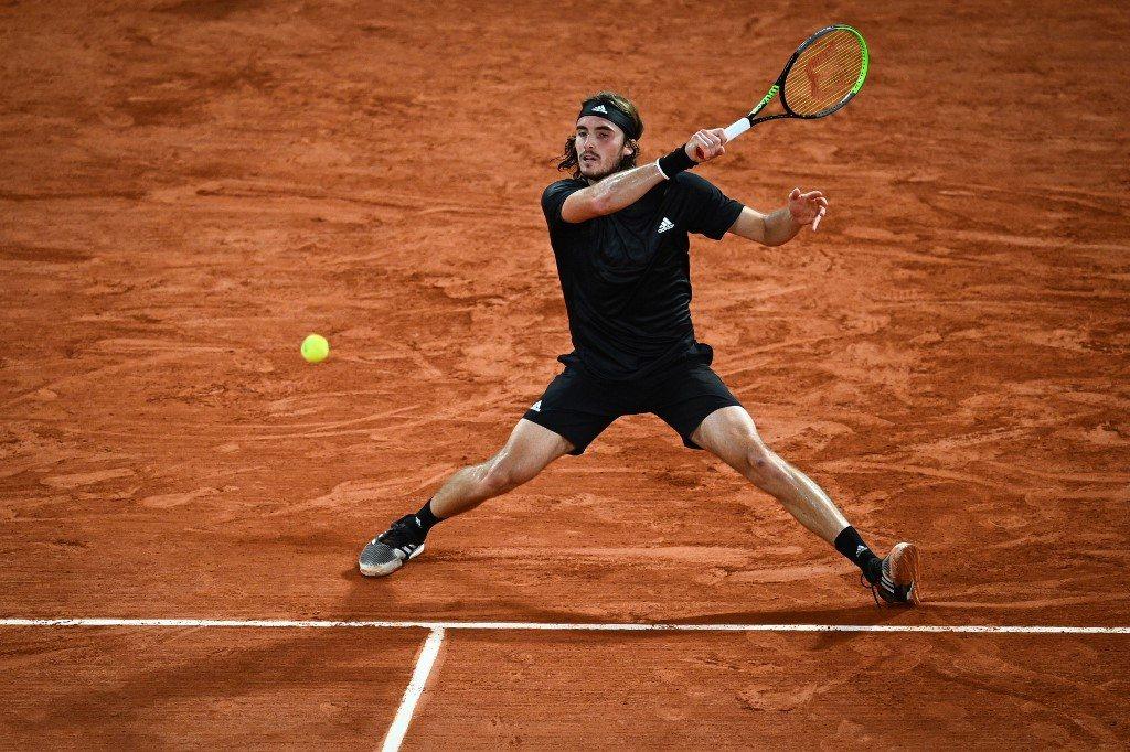 Roland Garros. Kolejny krok Tsitsipasa ku powtórce wyniku, Miedwiediew poprawia statystyki