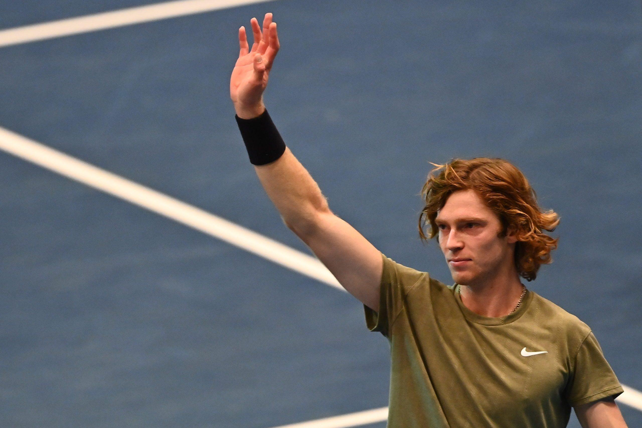 Australian Open. Pewne zwycięstwa Rublowa i Chaczanowa, Berrettini stracił seta
