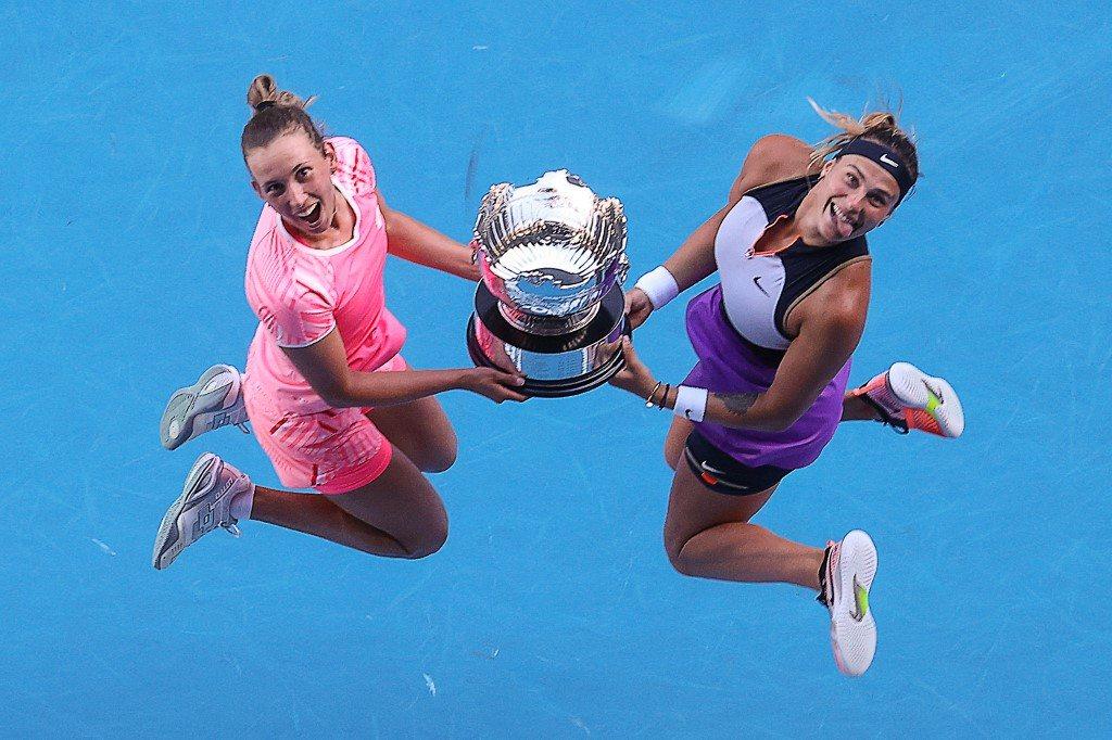 Australian Open. Dobre w singlu, najlepsze w deblu. Mertens i Sabałenka z trofeum