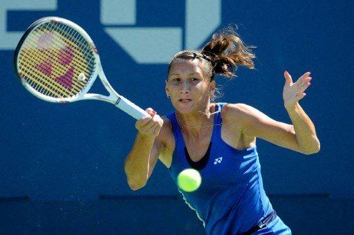 Pięć lat temu została zawieszona za wszczęcie bójki, teraz wraca do tenisa