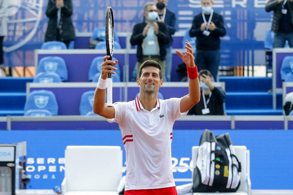Ranking ATP. Dżoković pozostał liderem, spory spadek Majchrzaka