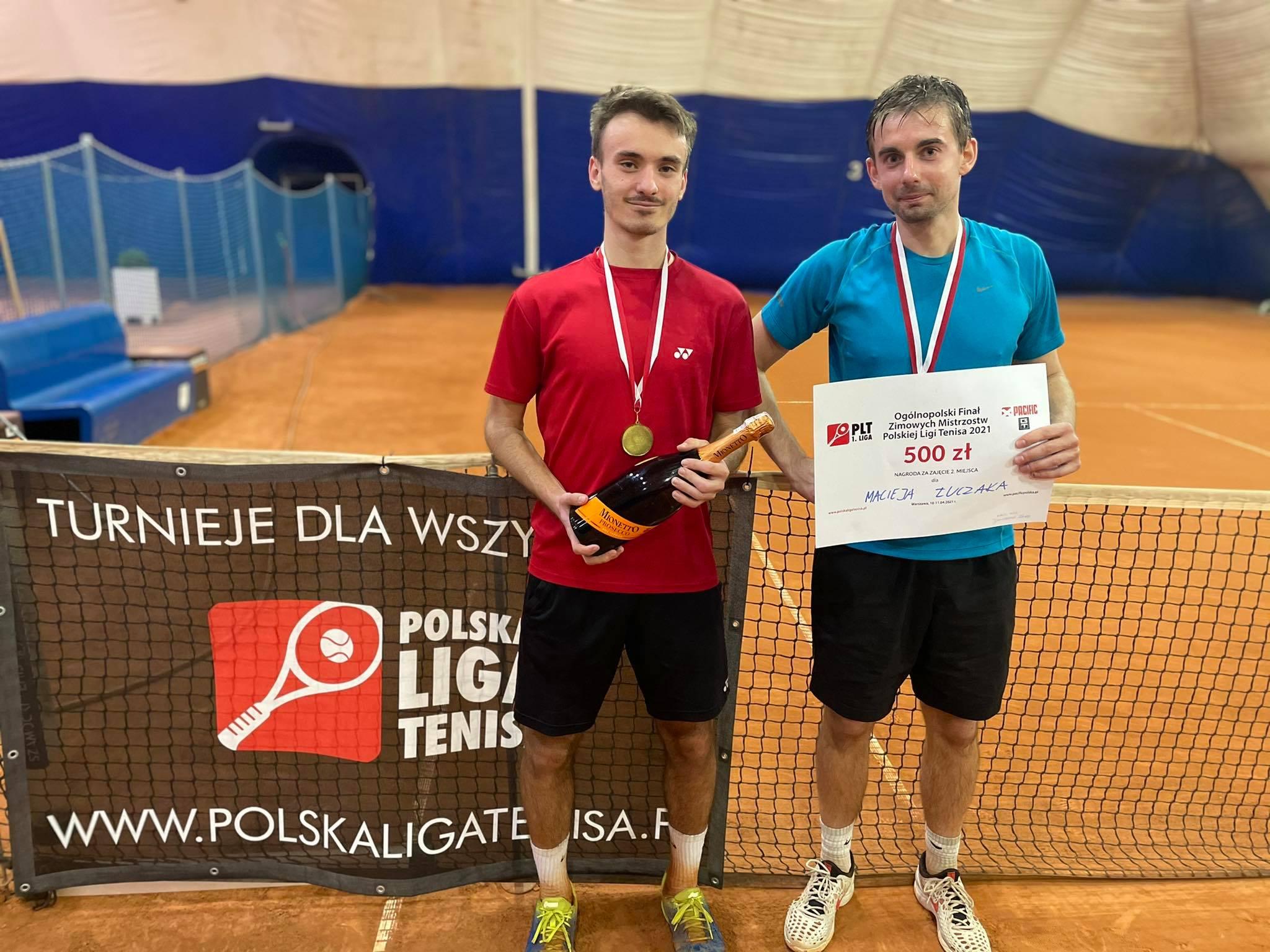 Złote medale Zimowych Mistrzostw Polskiej Ligi Tenisa 2021 dla Wiśniewskiego, Waleckiego i Galińskiego